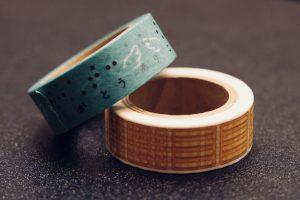 つばさの会オリジナル商品のマスキングテープをアップで撮影した画像。