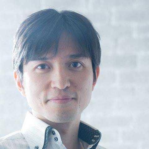 真面目な顔の中川さんの宣材写真。